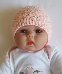 Baby's lace Beanie with rib band - knitting pattern - Molly at Makerist - Image 3 Knitted Baby Beanies, Knitted Hats, Crochet Hats, Knitting Needles, Baby Knitting, Crown Pattern, How Big Is Baby, Headbands, Doll Clothes