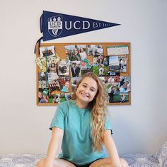 Preppy dorm room inspo, pennant flag, collage photo wall, preppy t-shirt Classic Outfits, Classic Style, Preppy Dorm Room, Collage Photo, Room Tour, Preppy Style, Photo Wall, Flag, Nyc