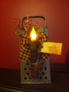 vintage cheese grater w/ battery operated grungy candle & handmade tag Rustic Crafts, Country Crafts, Primitive Crafts, Primitive Christmas, Country Christmas, Country Decor, Primitive Candles, Primitive Quilts, Primitive Stitchery