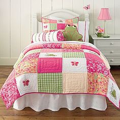 Kids Bedding, Zoe Twin Quilt and Accessories - jcpenney Quilt Baby, Twin Quilt, Quilt Bedding, Bedding Sets, Comforter, Bed Sets, Girls Quilts, Little Girl Rooms, Bed Covers