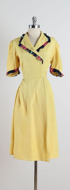➳ vintage 1940s dress  * yellow cotton linen blend * navy floral accents * wrap with waist tie  condition | good - few very small inconspicuous