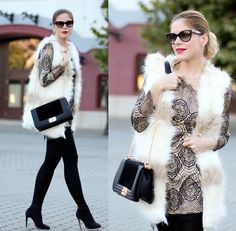 Laura Maxim - Lace and fur for a cold day