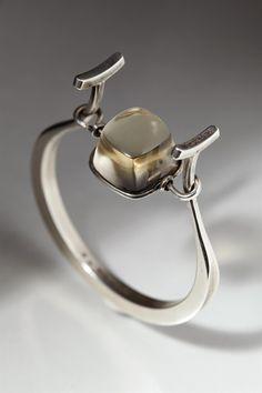 Bracelet designed by Torun Bülow-Hübe, Sweden. 1950's. — Modernity