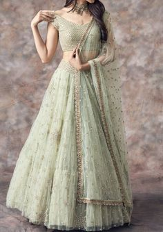 Select From more that Designer Exclusive Styles An amazing collection of photographs of the latest bridal lehenga designs and styles for Bangladeshi, Indian and Pakistani brides.
