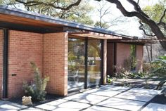 A beautiful exterior that will be featured on the Austin Preservation Mid-Century Homes Tour