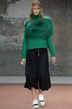 Sporty Marni furry ruff. Marni Fall 2014 Ready-to-Wear Collection Slideshow on Style.com