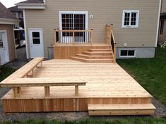 This particular patio furniture deck is absolutely an interesting style approach. Backyard Patio Designs, Backyard Landscaping, Diy Patio, Deck Seating, Deck Benches, Outdoor Benches, Patio Bench, Wood Patio, Diy Bench