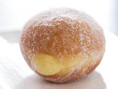 Aprenda a fazer uma receita de sonho de padaria - Fotos - UOL Comidas e Bebidas      Delicia - Adorei !!!!!