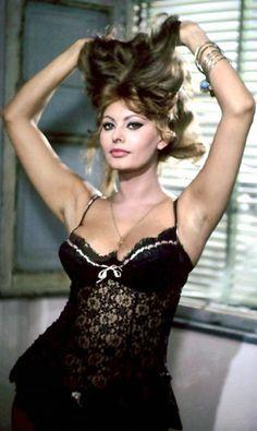 Resultado de imagen de Sophia Loren See Through