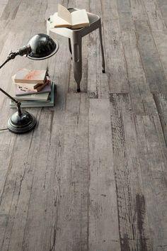 astonishing-porcelain-tile-looking-like-real-weathered-wood-3.jpg