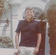 Laws Of Life, John Fitzgerald, John Kennedy, T Play, Jfk, Historical Photos, Presidents, The Past, Husband
