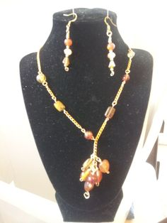 goldtone/honey color glass beads necklace/earrings. Starting at $10 on Tophatter.com!