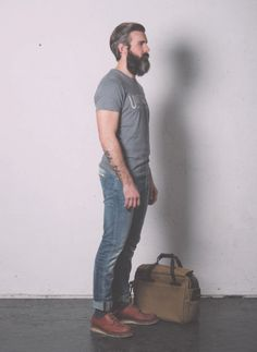 • BASED ON A TRUE STORY • THE SS14 COLLECTION Pant. Cod. IBANEZ M0070.516. / SKINNY FIT STRETCH http://www.uniformjeans.it/