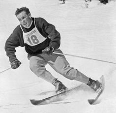"""Jean Vuarnet, the former French Olympic skiing champion who is credited with inventing the """"egg position,"""" known today as the tuck, died 01.02.17 at age 83."""