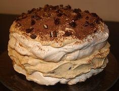 W kuchni Zouuzy: Tort bezowy z masą krówkowo-mascaropne - mój tort ...