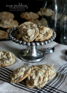 OREO PUDDING COOKIES~ 1 cup butter room temperature, 3/4 cup granulated sugar, 3/4 cup light brown sugar, 1 pkg (4.2 oz) Oreo pudding/pie filling mix, 1 tbsp vanilla, 2 eggs, 2 ¼ cup all purpose flour, 3/4 cup old fashioned oats, 1 tsp baking soda, 1 tsp salt, 2 cups chopped Cookies and Creme Bars.........ive had them before and they are the best cookies ive ever had!!!