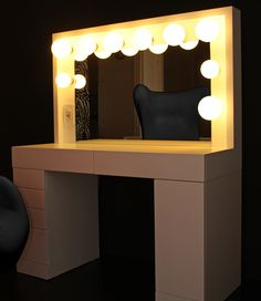 Ulzzang Girl Mirror Dressing Room