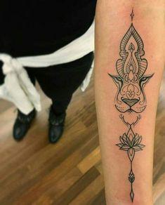 Löwen Tattoo am Arm