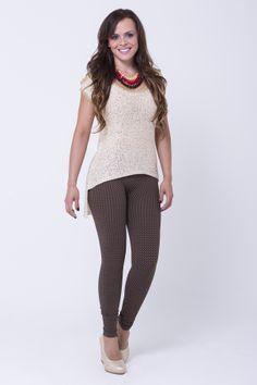 www.bonabella.com.co Capri Pants, Future, Fashion, November, Capri Trousers, Moda, Future Tense, Fashion Styles, Fashion Illustrations