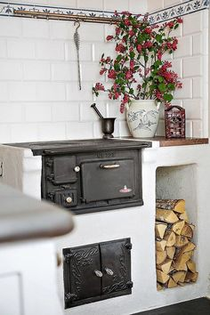 Cooking on wood Italia Restaurant, Classic Interior, Home Kitchens, Kitchen Remodel, Sweet Home, Home Appliances, House Design, The Originals, Menorca