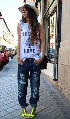 MADAME DE ROSA Street fashion
