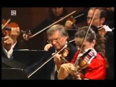 Sibelius: Violin Concerto: HILARY HAHN, violin, with the Bavarian Radio Symphony Orchestra, conducted by Lorin Maazel. (1995?). Extraordinary fluidity and lyricism here from the greatest violinist of this generation, here at the start of her career. (KevinR@Ky)