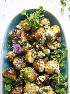 These grilled gorgonzola potatoes are loaded with flavor! Crispy, crunchy grilled bab golds topped with creamy blue cheese and fresh herbs. Potato Sides, Potato Side Dishes, Vegetable Side Dishes, Corn Relish, Yogurt, Summer Side Dishes, How Sweet Eats, Blue Cheese, Grilling Recipes