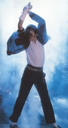 Michael Jackson - Great performer.