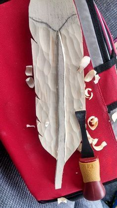 How to carve a wood feather! For more wood carving tips visit http://www.handymantips.org/category/woodworking/
