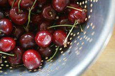 How to Pit Cherries - Pit a Cherry Without a Pitter