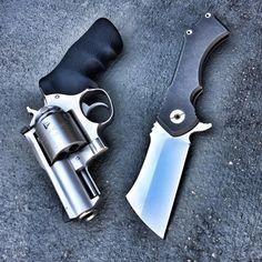 Post on gunsammomilitary