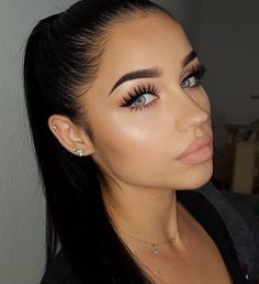 @yuliamia_ makeup