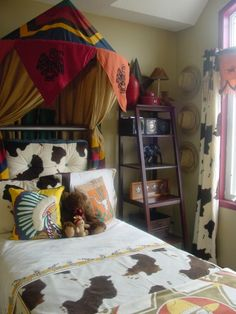 Cowboys and Indians, This is my little cowboys space! Hes the latest addtion to my trio! I figured I could get away with this theme until hes about up cowboy and enjoy the ride! Cowboy Baby Nurseries, Baby Boy Rooms, Room Baby, Baby Boys, Indian Nursery, Indian Room, Cowgirl Bedroom, Indian Baby Showers, Boys Room Design