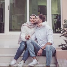 aya mahovi Cute Muslim Couples, Romantic Couples, Wedding Couples, Cute Couples, Hijab Fashion, Girl Fashion, Womens Fashion, Arab Couple, Persian Girls