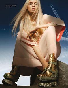 Steffi Soede - Elle Netherlands - On The Rocks