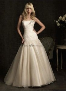 BARBARA - A-line Strapless Cheap Chapel train Tulle Wedding dress
