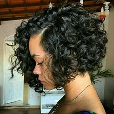 Love this curly bob!!!                                                                                                                                                     More