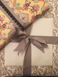 Baroque gift wrap