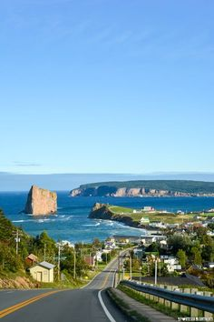 Voir le Rocher-Percé : un rêve devenu réalité. Sculpted by the time and the sea, at the Gaspe Peninsula tip, it has the fortress of Bonaventure Island and the magnificent stone vessel of Percé Rock-Québec. Province Du Canada, Ottawa, Travel Around The World, Around The Worlds, Visit Canada, Photos Voyages, Beautiful Sites, Quebec City, Weekend Trips