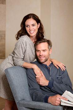 Perlina: Stijlvol en comfortabel in deze mooie herenpyjama met kleine print;