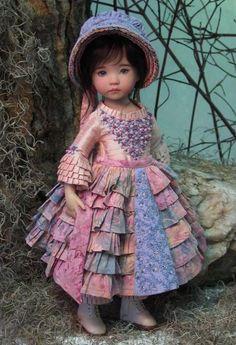 """Dianna Effner's """"Aurora"""" dressed in Rose Sauvage by Magalie Houle Dawson. Tiny Dolls, Ooak Dolls, Dolly Fashion, Fashion Dolls, Victorian Dolls, Vintage Dolls, Doll Clothes Patterns, Girl Doll Clothes, Diana"""