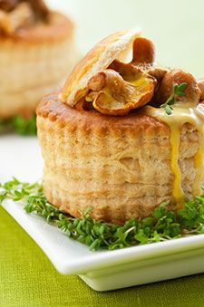 vol au vent au canard et aux champignons recettes ricardo recettes recipes pinterest. Black Bedroom Furniture Sets. Home Design Ideas