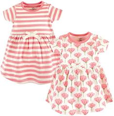 Your little miss will love these super soft Organic Cotton Dresses from Touched by Nature. This adorable duo includes 1 in pink stripes and 1 in allover tulips. Both dresses feature a little white bow to complete the sweet, springtime look. Toddler Dress, Toddler Outfits, Girl Outfits, Children Outfits, Children Wear, Organic Clothing Brands, Sonus Festival, Short Sleeve Dresses, Dresses With Sleeves