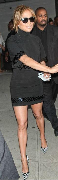 Who made  Jennifer Lopez�s black short sleeve dress that she wore in New York on June 18, 2014