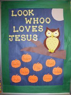 Fall Preschool Bulletin Board | Preschool Bulletin Boards