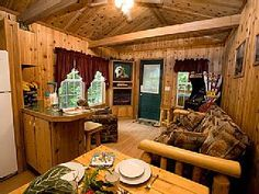 Cheap and cute! Critter Country is a 1 bedroom, 1 bathroom all log with cedar on the inside. It is a beautiful cabin with a peaceful setting. It is a semi private cabin with only a few cabins down the road. It is surrounded by trees and ...