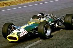 Double world champion Jim Clark powering his Lotus 49 to a third victory at the 1967 Mexican Grand Prix. Clark had also won the event in 1962 and 1963. #F1 #Formula1 #MexicanGP #JimClark #Lotus49