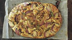 Focaccia s červenou cibulí Yami Yami, Apple Pie, Vegetable Pizza, Quiche, Baking, Vegetables, Desserts, Recipes, Breads