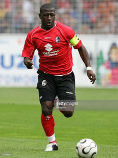 Freiburg's Soumaila Coulibaly plays the ball during the Second Bundesliga match between SC Freiburg and Hansa Rostock at the badenova stadium on August 13, 2006 in Freiburg, Germany.