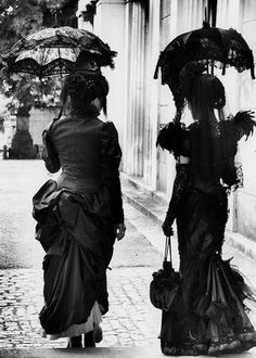 Victorian Goth I'd love to walk down the streets like that... But Id fear be socially rejected by those who wear onsies and pjs...